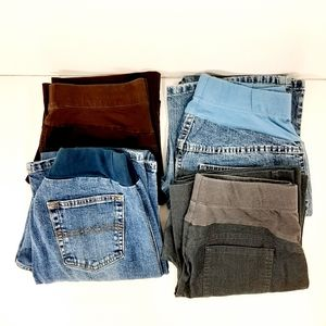 Motherhood Maternity lot - jeans, size medium